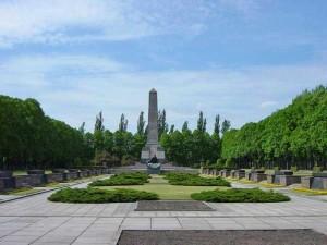 Мемориал советским воинам Шёнхольцер Хайде